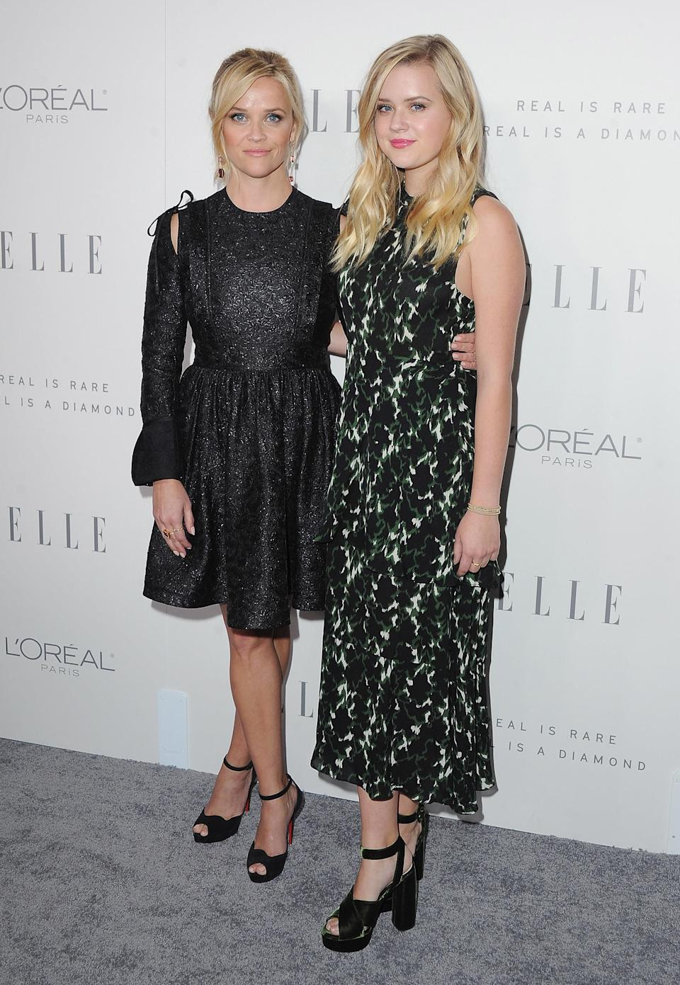 Reese Witherspoon and her daughter, Ava, at <em>Elle'</em>s 24th Women in Hollywood celebration. (Photo: Getty Images)