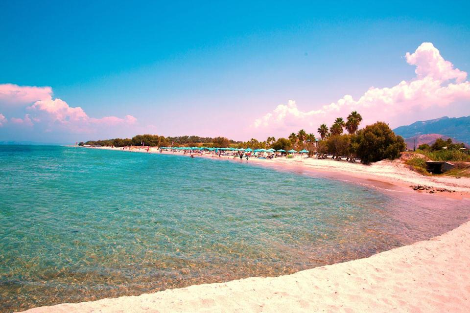 <p>Located on the north coast of the Greek island of Kos, Marmari Beach is sandy, several kilometres longs and backed by dunes.</p>