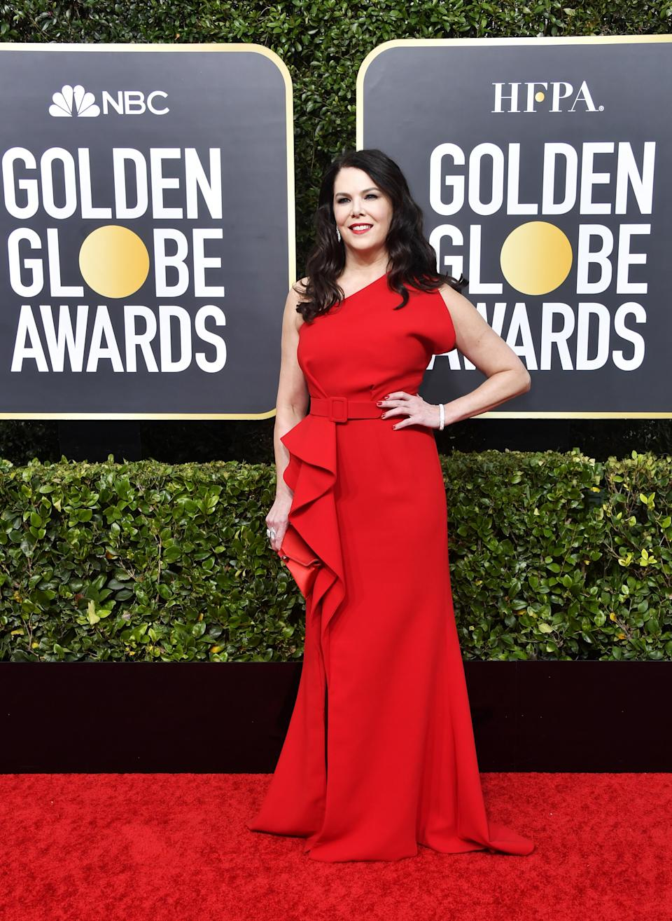 "<h1 class=""title"">Lauren Graham in Azzi & Osta and Mémoire jewelry</h1><cite class=""credit"">Photo: Getty Images</cite>"
