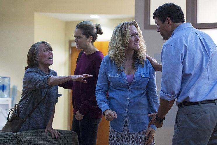 Sissy Spacek as Sally Rayburn, Jacinda Barrett as Diana Rayburn, Katie Finneran as Belle Rayburn, Kyle Chandler as John Rayburn in Netflix'sBloodline. (Photo: Jeff Daly/Netflix)
