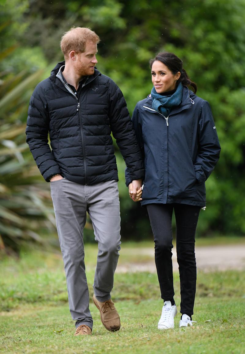 "Herzogin Meghan ist mit den ""Stan Smith""-Sneakern in Neuseeland unterwegs. (Bild: Getty Images)"