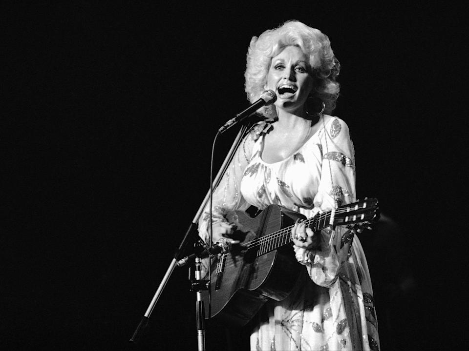 dolly parton young