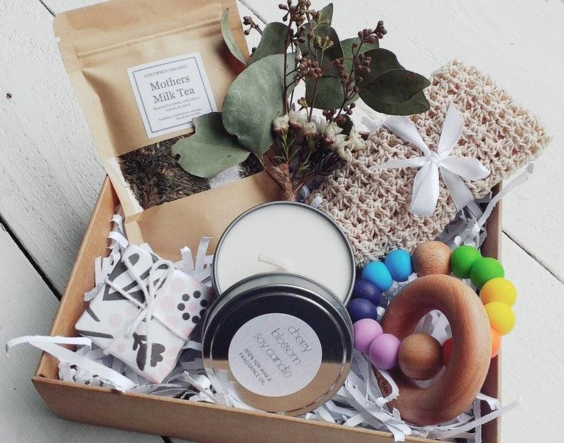 This gorgeous new baby gift set from MYMIMISTAR features gorgeous treats for both mum AND bub. Photo: MYMIMISTAR