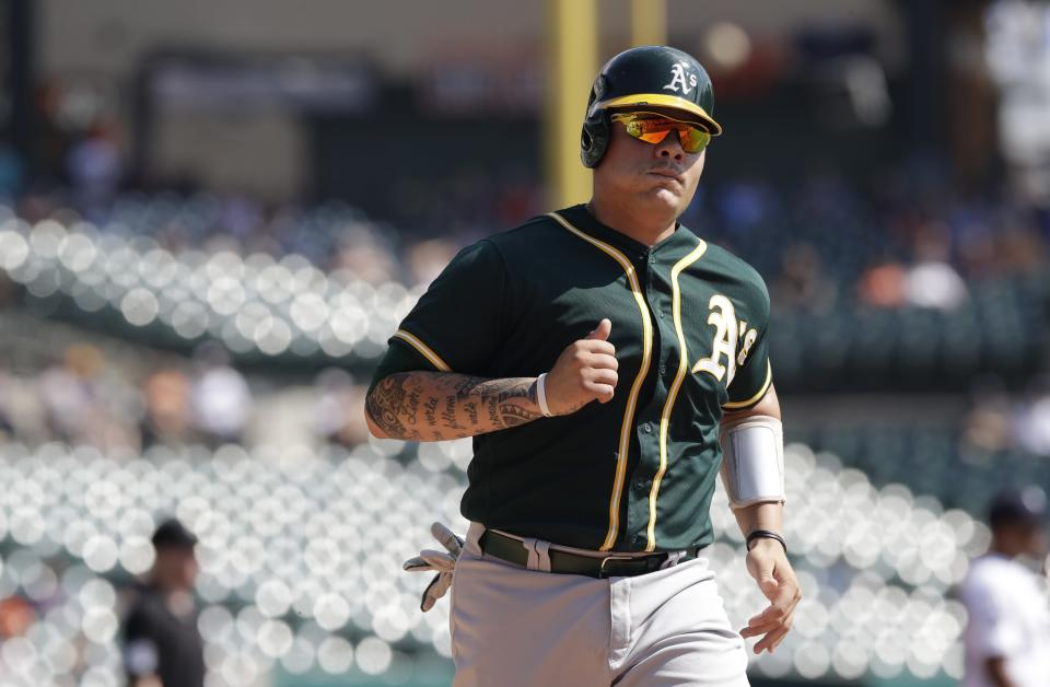Oakland Athletics' Bruce Maxwell scores during the third inning of a baseball game against the Detroit Tigers, Wednesday, Sept. 20, 2017, in Detroit. (AP)