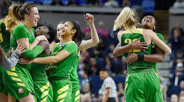 BRIDGEPORT, Conn. - Sabrina Ionescu led five Oregon players in double figures with 21 points, and the 10th-seeded Ducks continued their improbable run through the NCAA tournament with a 7763 upset of third-seeded Maryland on Saturday.