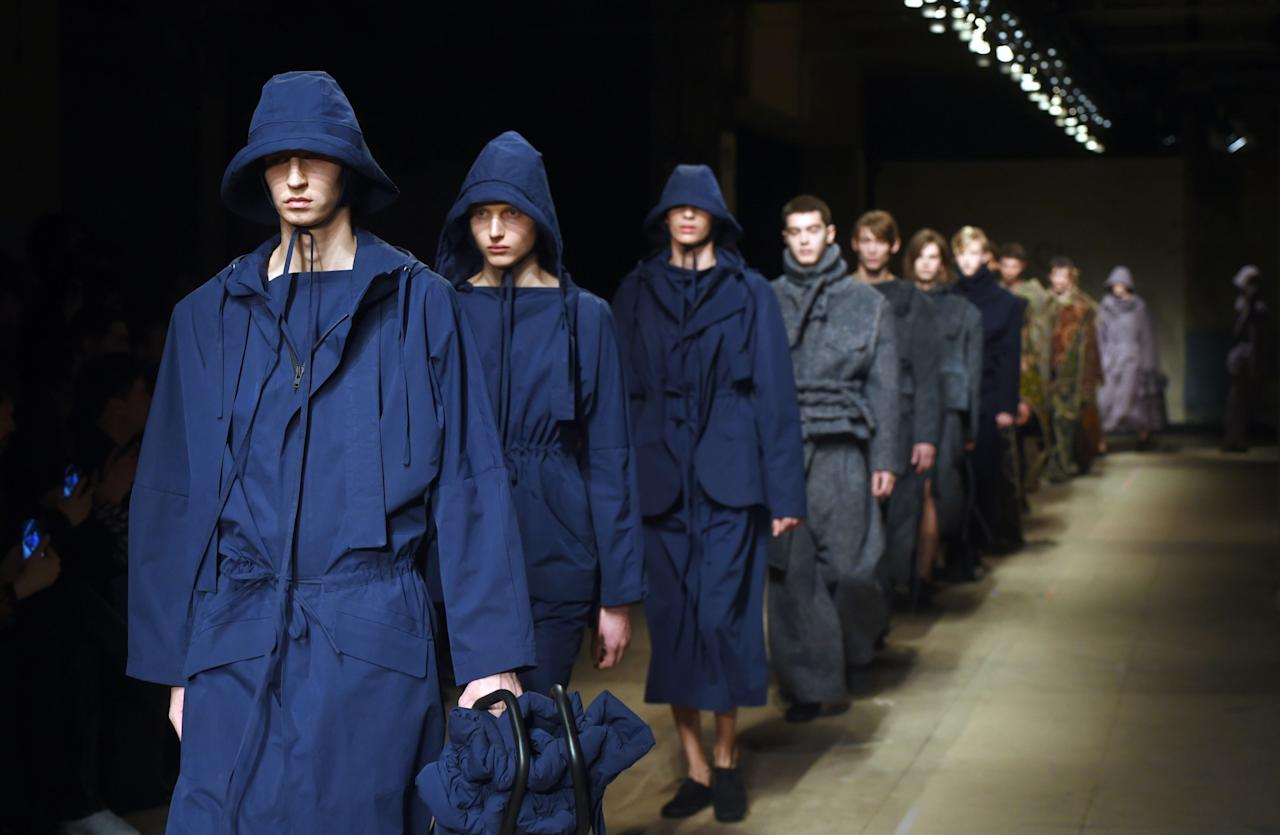 <p><i>Craig Green is the ultimate highlight of LFWM. The somewhat dystopian designer – who recently hit headlines for creating the new <em>Alien: Covenant</em> costumes – treads the line between menswear and womenswear. Although his utilitarian designs automatically fall into the male category, they are designed to be worn by women just as easily. Military accents can often be found in his collections which are often inspired by a strong sense of emotion that links back to what it means to be a man in the modern age.<br /><i><br /><i>[Photo: Getty]</i> </i></i></p>