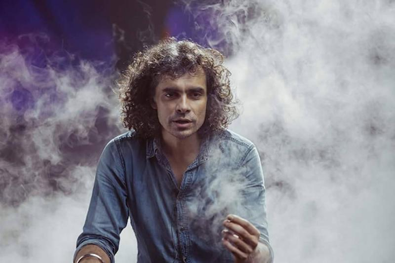 Peeved Fans Tell Imtiaz Ali to Do Better Than Love Aaj Kal