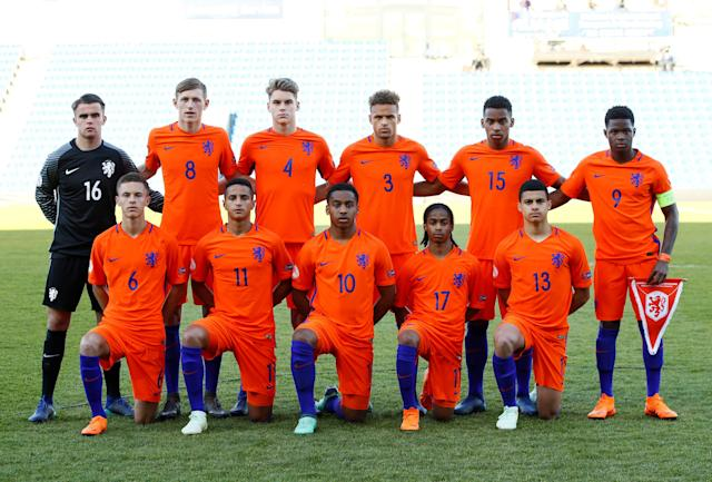 Soccer Football - UEFA European Under-17 Championship Quarter-Final - Netherlands vs Republic of Ireland - Proact Stadium, Chesterfield, Britain - May 14, 2018 Netherland team group before the match Action Images via Reuters/Jason Cairnduff