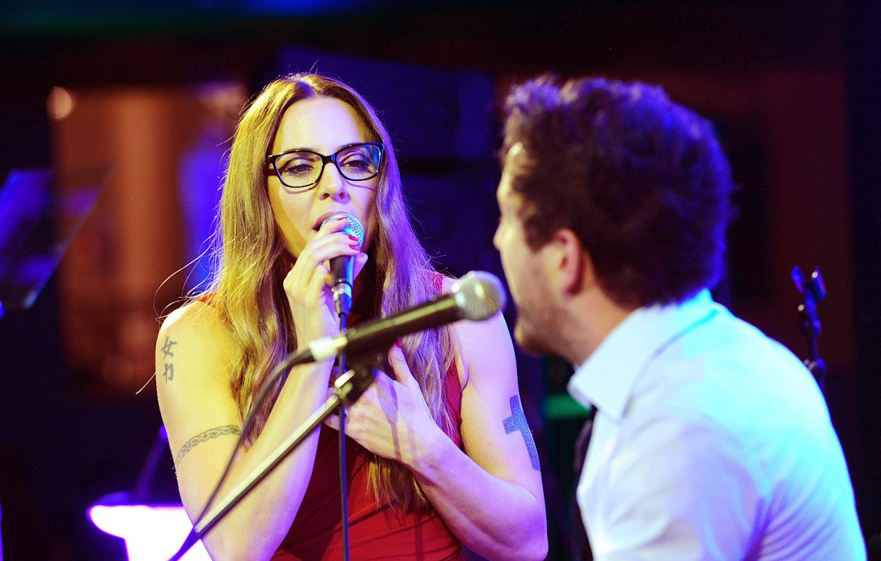 Mel C and Matt Cardle perform at the Specsavers Spectacle Wearer of the Year Awards held at the Royal Opera House in London. (Ian West/PA Wire)