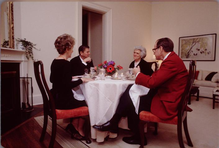 The Bushes and Reagans dine in the vice president's official residence