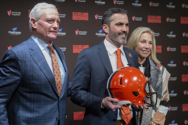 Jimmy, left, and Dee Haslam, owners of the Cleveland Browns, are turning to head coach Kevin Stefanski to turn the franchise around. (AP Photo/Phil Long)