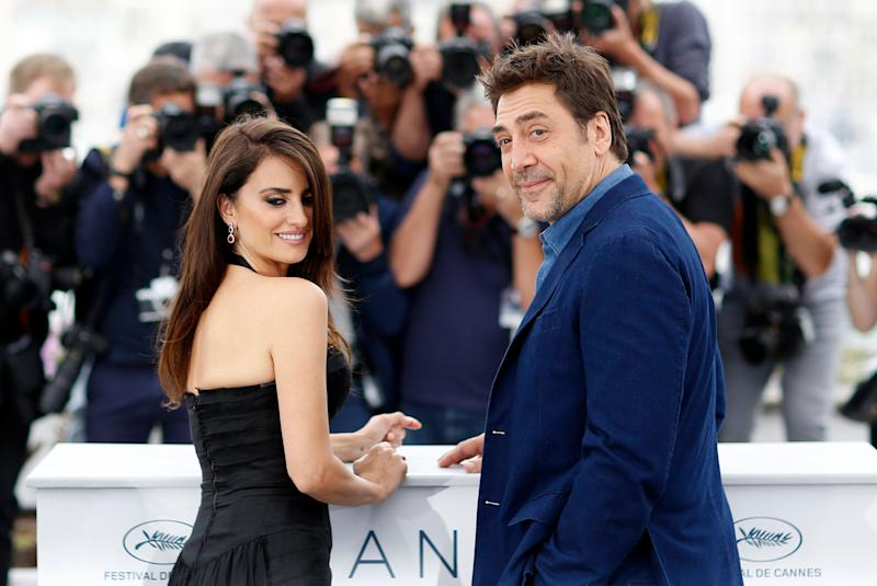"71st Cannes Film Festival - Photocall for the film ""Everybody Knows"" (Todos lo saben) in competition – Cannes, France, May 9, 2018. Cast members Penelope Cruz and Javier Bardem. REUTERS/Stephane Mahe"