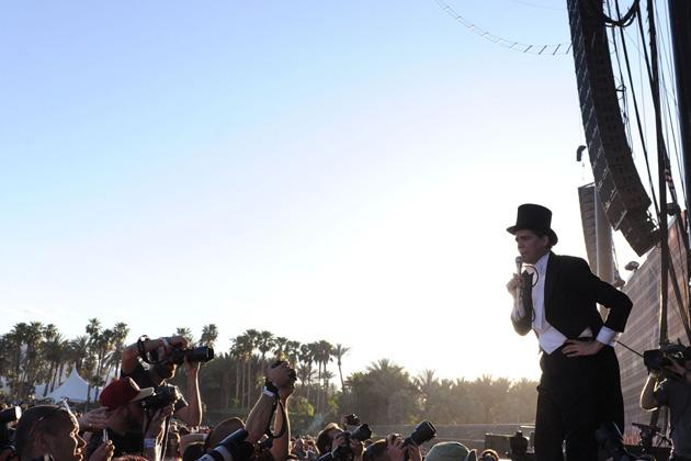 Festival-goers rubbed shoulders with celebrities at California's renowned Coachella Valley Music and Arts Festival this year.