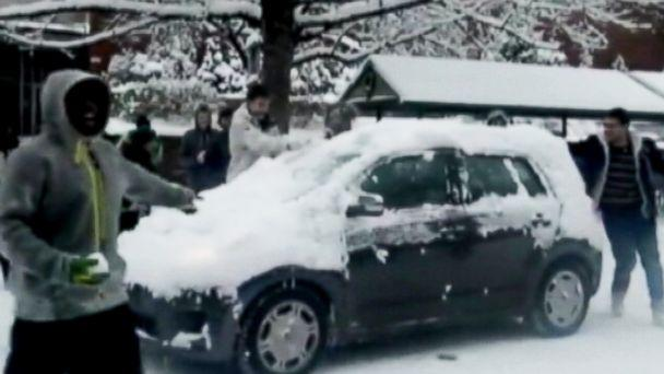 abc snowball fight ll 131209 16x9 608 Oregon Football Player Suspended for Snowball Fight, Others Could Face Charges