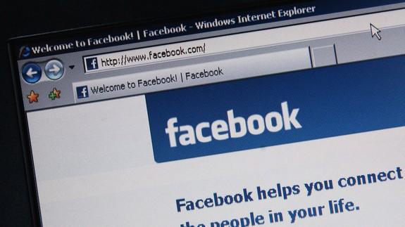 Federal Trade Commission probes Facebook privacy practices