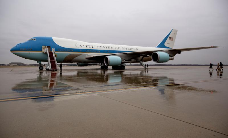 Boeing CEO Calls Trump After Air Force One Criticism