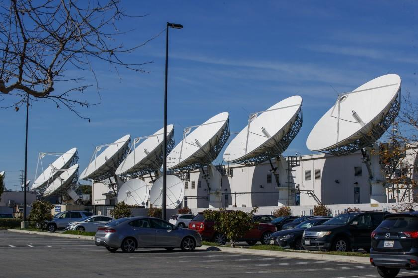 CULVER CITY, CALIF. -- FRIDAY, JANUARY 31, 2020: A view of DirecTV satellite dishes at AT&T Los Angeles Broadcast Center in Culver City, Calif., on Jan. 31, 2020. The satellite TV business is owned by AT&T.(Allen J. Schaben / Los Angeles Times)