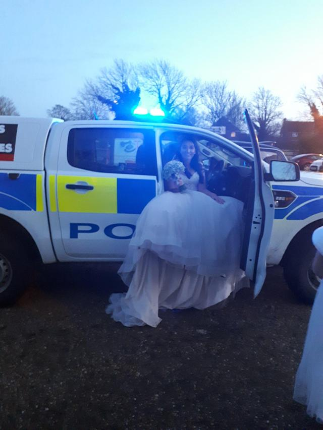 Jenna Bassam was only 20 minutes late to her wedding despite her car breaking down (Bedfordshire Police)