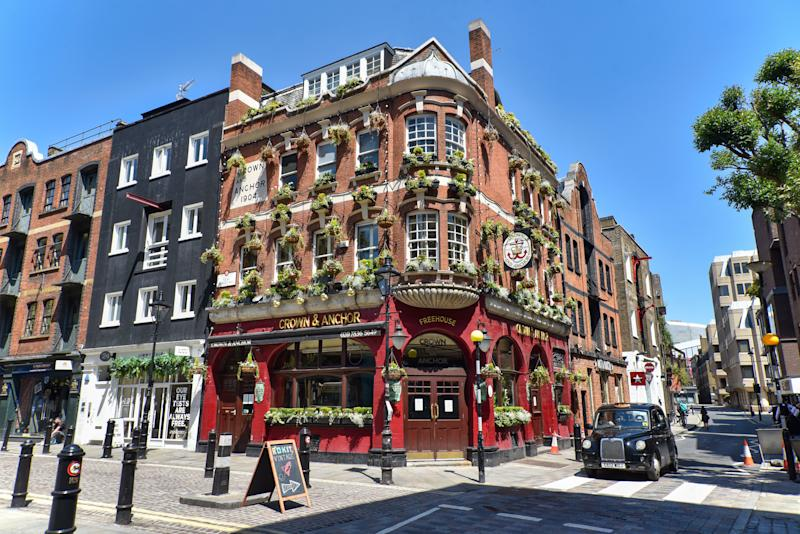The Crown and Anchor pub in London. British Prime Minister Boris Johnson announced that bars and pubs can reopen from July 4 as restrictions of the Coronavirus Lockdown ease. (Photo by Dave Rushen / SOPA Images/Sipa USA)