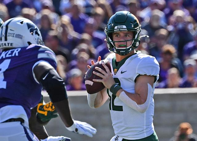 Baylor's Charlie Brewer looks downfield against the Kansas State Wildcats on Oct. 5. (Getty)