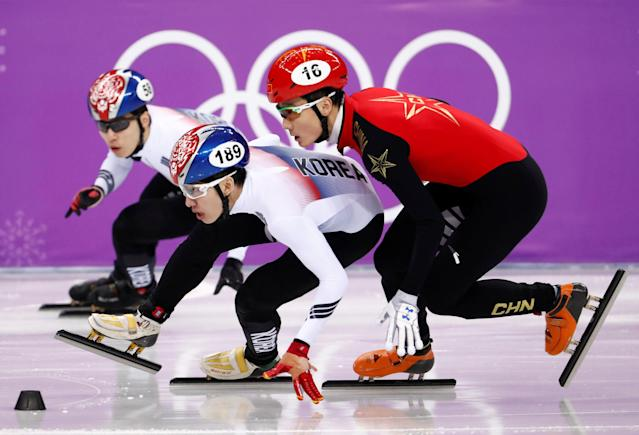 Short Track Speed Skating Events - Pyeongchang 2018 Winter Olympics - Men's 500m Semifinal - Gangneung Ice Arena - Gangneung, South Korea - February 22, 2018 - Lim Hyo-jun of South Korea, Ren Ziwei of China and Hwang Dae-heon of South Korea compete. REUTERS/Damir Sagolj TPX IMAGES OF THE DAY