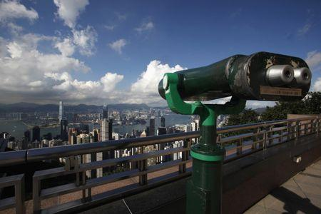 New Hong Kong-China bond trade link widens foreign access