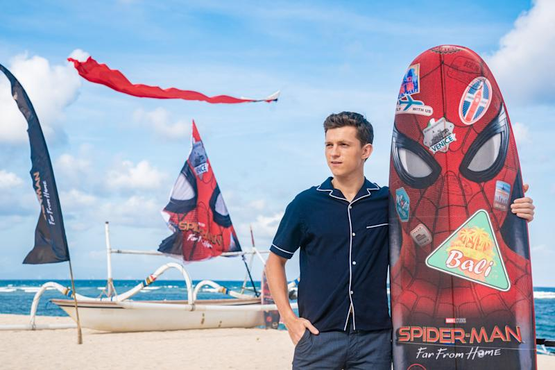 "DENPASAR, BALI, INDONESIA - MAY 28: Tom Holland attends a photocall for ""Spider-Man: Far From Home"" during the Pan-Asian Media Summit Bali event on May 28, 2019 in Denpasar, Bali, Indonesia. (Photo by Anthony Kwan/Getty Images for Sony Pictures Entertainment )"