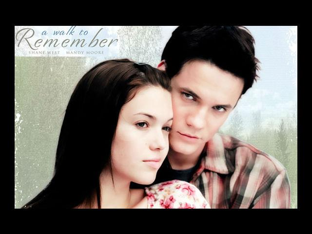 <b>8. A Walk to Remember </b><br>This one makes the cut solely for its popularity. Watch it to know what makes this movie a classic romance.