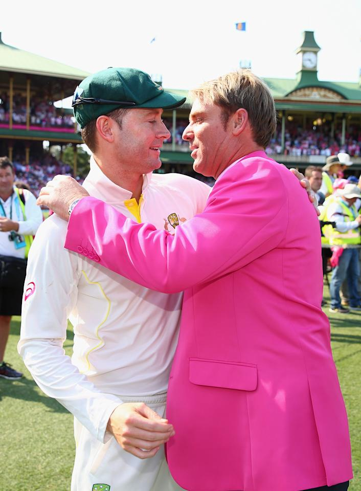 SYDNEY, AUSTRALIA - JANUARY 05: Michael Clarke of Australia is congratulated by Shane Warne during day three of the Fifth Ashes Test match between Australia and England at Sydney Cricket Ground on January 5, 2014 in Sydney, Australia.  (Photo by Ryan Pierse/Getty Images)