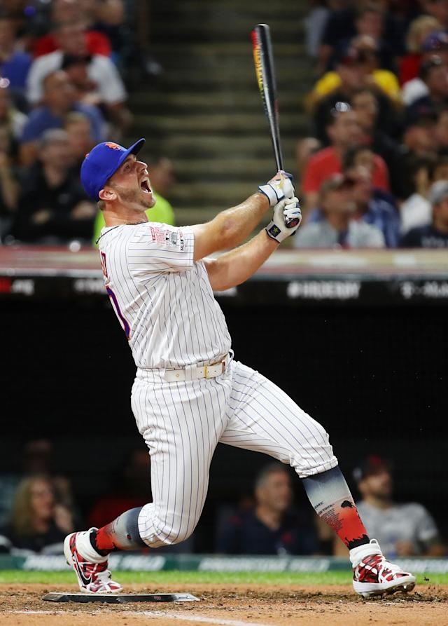 CLEVELAND, OHIO - JULY 08: Pete Alonso of the New York Mets competes in the T-Mobile Home Run Derby at Progressive Field on July 08, 2019 in Cleveland, Ohio. (Photo by Gregory Shamus/Getty Images)