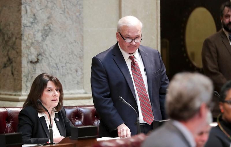 Wisconsin Senate Majority Leader Scott Fitzgerald (R) in a special session in Madison on Dec. 4. He rammed through bills to weaken the incoming Democratic governor, but the centrist group No Labels declined to say that Republicans were behind the effort. (Photo: ASSOCIATED PRESS)