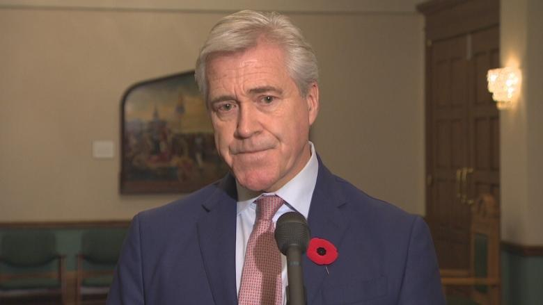 Premier's chief of staff admits late filing, appears to break lobbying rules