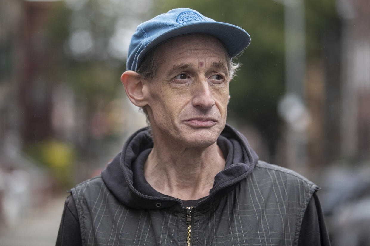 Former college music professor Shohl now lives in a shelter in Brooklyn. (Photo: Gordon Donovan/Yahoo News)