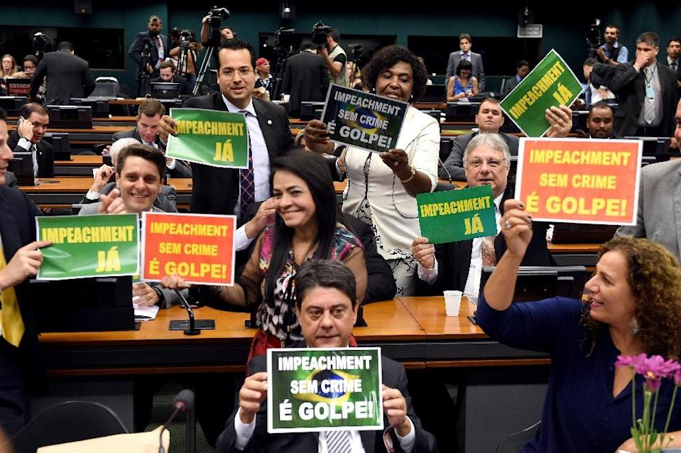 A session of the lower house special committee takes place on the impeachment of Brazilian President Dilma Rousseff, in Brasilia, on April 11, 2016 (AFP Photo/Evaristo Sa)