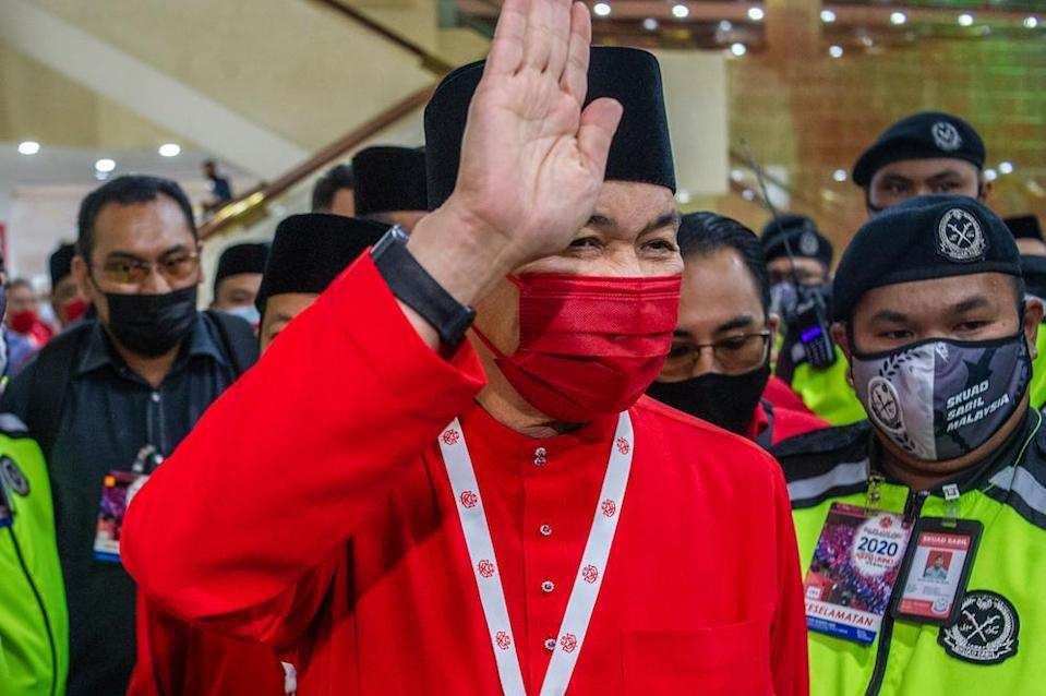 Umno president Datuk Seri Ahmad Zahid Hamidi said the assembly has underpinned grassroots support for the party supreme council's decision to snub the ruling coalition. ― Picture by Shafwan Zaidon