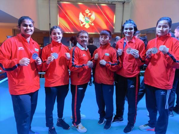 Indian boxing contingent for AIBA Youth C'ships