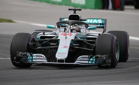 Formula One F1 - Canadian Grand Prix - Circuit Gilles Villeneuve, Montreal, Canada - June 10, 2018 Mercedes' Lewis Hamilton in action during the race REUTERS/Carlo Allegri