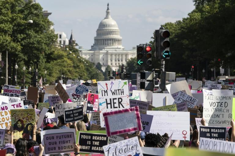 Tens of thousands of women took to the streets in cities across the United States on October 2, 2021, asserting their reproductive rights (AFP/JOSHUA ROBERTS)