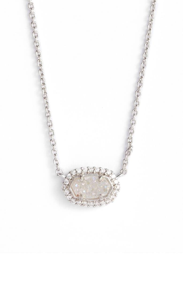 <p><span>Kendra Scott Chelsea Pendant Necklace</span> ($53, originally $75)</p>