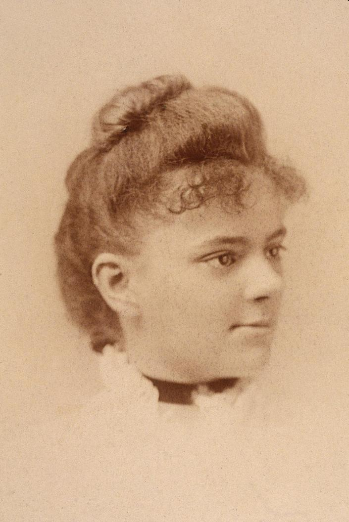 <p>Elizabeth Blackwell was the first female doctor in the United States, and the first recorded woman to graduate from medical school. (Photo: Museum of the City of New York/Getty Images) </p>