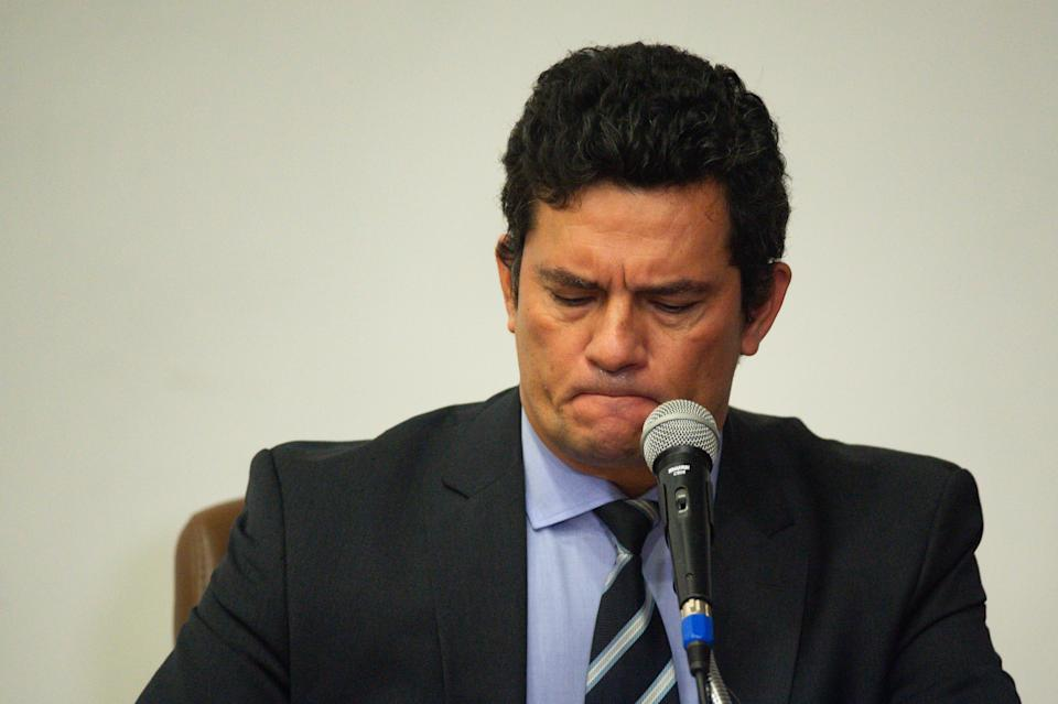 BRASILIA, BRAZIL - APRIL 24:Minister of Justice Sergio Moro speaks during a press conference to announce his resignation after president Bolsonaro dismissed Federal Police Chief Mauricio Valeixoat theJustice Ministry in Brasilia, Brazil on April 24, 2020 in Brasilia. (Photo by Andressa Anholete/Getty Images)