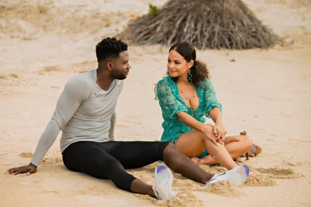 Sinqua Wells as Caleb and Milian as Erica in 'Resort to Love.'<p>Photo: Courtesy of Netflix</p>
