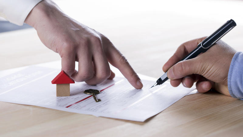 Home buyers and sellers should stay away from risky wraparound mortgage, say real estate attorneys.
