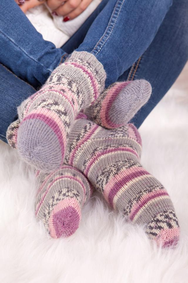 "<p>If your feet are always cold, <a rel=""nofollow"" href=""https://www.womansday.com/health-fitness/a23831431/foot-warmer-heating-pad/"">grab those slippers</a> to avoid getting sick, says Ron Eccles, Ph.D., director of the <a rel=""nofollow"" href=""http://www.cardiff.ac.uk/biosi/subsites/cold/about.html"">Common Cold Centre</a> at Britain's Cardiff University. How? <a rel=""nofollow"" href=""https://www.womansday.com/health-fitness/a23831431/foot-warmer-heating-pad/"">Chilly tootsies</a> <a rel=""nofollow"" href=""https://academic.oup.com/fampra/article/22/6/608/497956"">tell your brain</a> to conserve body heat, in turn reducing blood flow to areas that lose heat quickly, he explains. Decreased blood flow means fewer infection-fighting white blood cells, leaving you more vulnerable to viruses. </p>"