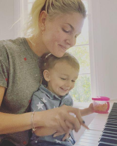 """<p>Elvis is a natural behind the keys. He's already crushing """"Heart and Soul"""" with just a little help from his mama.</p>"""