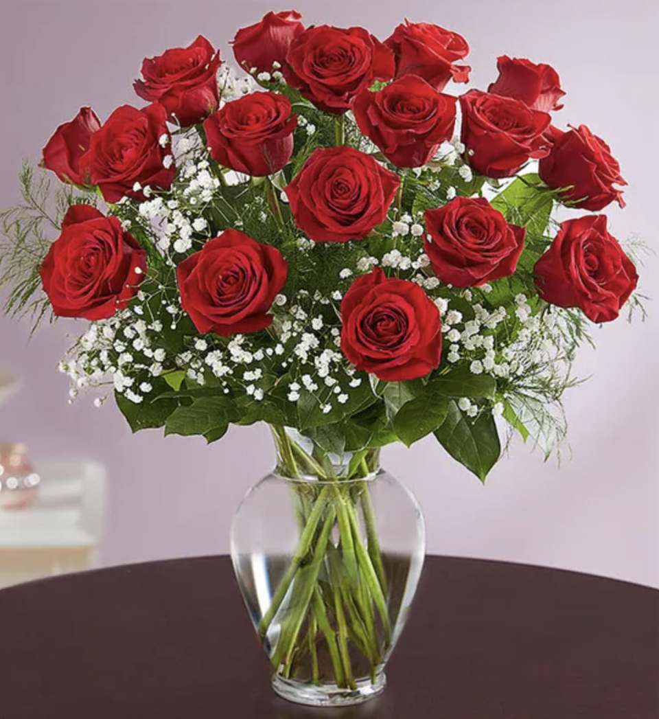 Who can say no to red roses? (Photo: 1800Flowers)