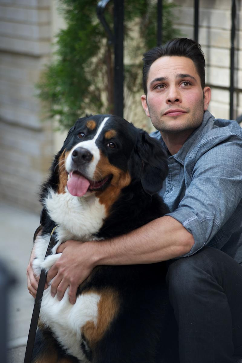 """This undated image released by CBS shows dog guru Justin Silver, host of the new show """"Dogs in the City,"""" in New York. Every Wednesday beginning May 30, Silver will try to help New York City hounds and humans tackle unsettling problems like joint custody after divorce or dealing with significant others who just moved in. (AP Photo/CBS, Brian Friedman)"""