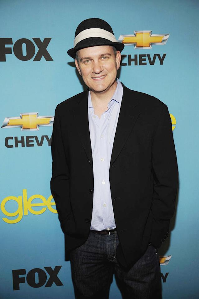 "<a>Mike O'Malley</a> (""Burt Hummel"") arrives at Fox's <a>""Glee""</a> Spring Premiere Soiree at Chateau Marmont on April 12, 2010 in Los Angeles, California."