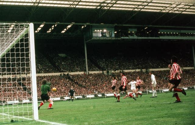 Sunderland goalkeeper Jim Montgomery famously saves Lorimer's goal-bound shot during the 1973 FA Cup final at Wembley