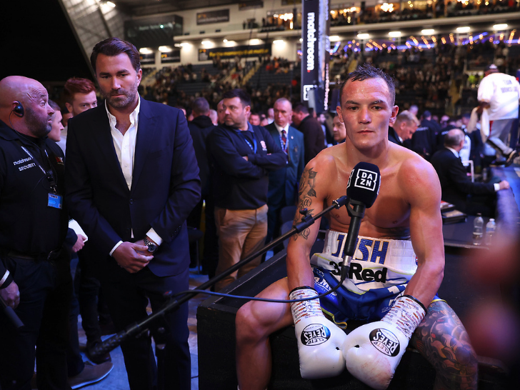 Warrington appears dejected after his technical draw with Lara (Matchroom)